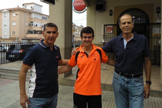 Carlos Alcalde vence en la XXIII Liga de Tenis Café Barco