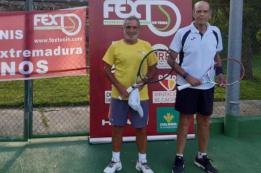 Nicasio Martín vencedor del Campeonato de Extremadura de Tenis de Veteranos